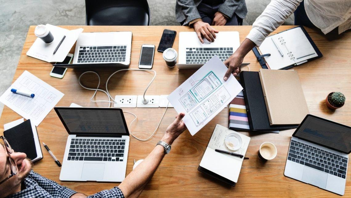 Mapa k vášmu úspechu na jednej strane. Vytvorte si Business Model Canvas.